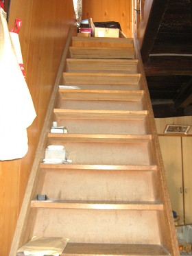 熊本県菊池市 階段リフォーム 施工前